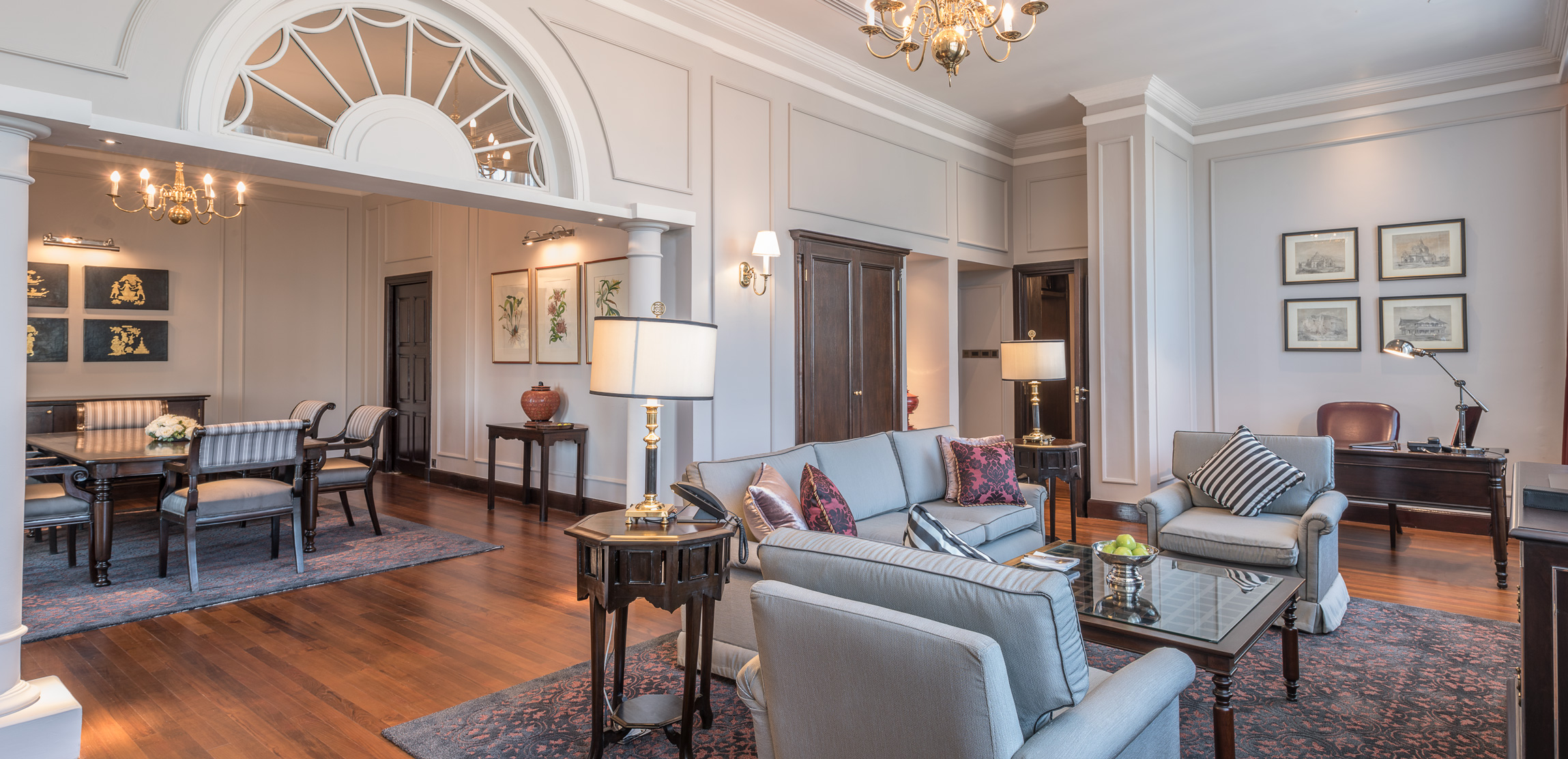 the-strand-suite-living-room-1