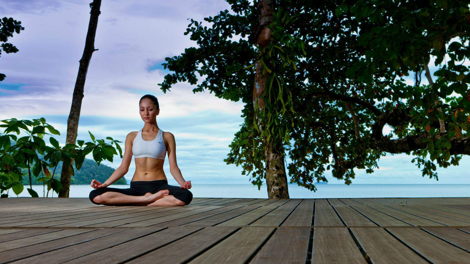 yoga-1-1600