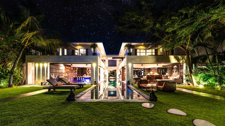 villa-casa-hannah-bali-seminyak-5-bedrooms-house-rent-design-swimmingpool-graden-night-candles